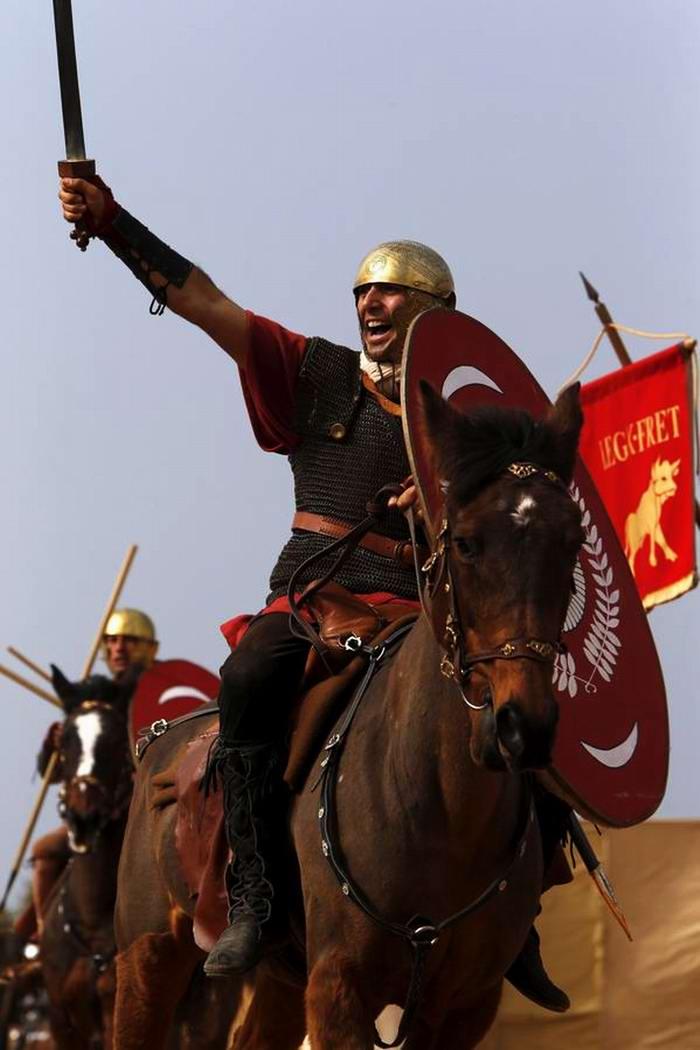 Легионеры армии Древнего Рима: Современный вариант попытки захвата острова Мальта (17)
