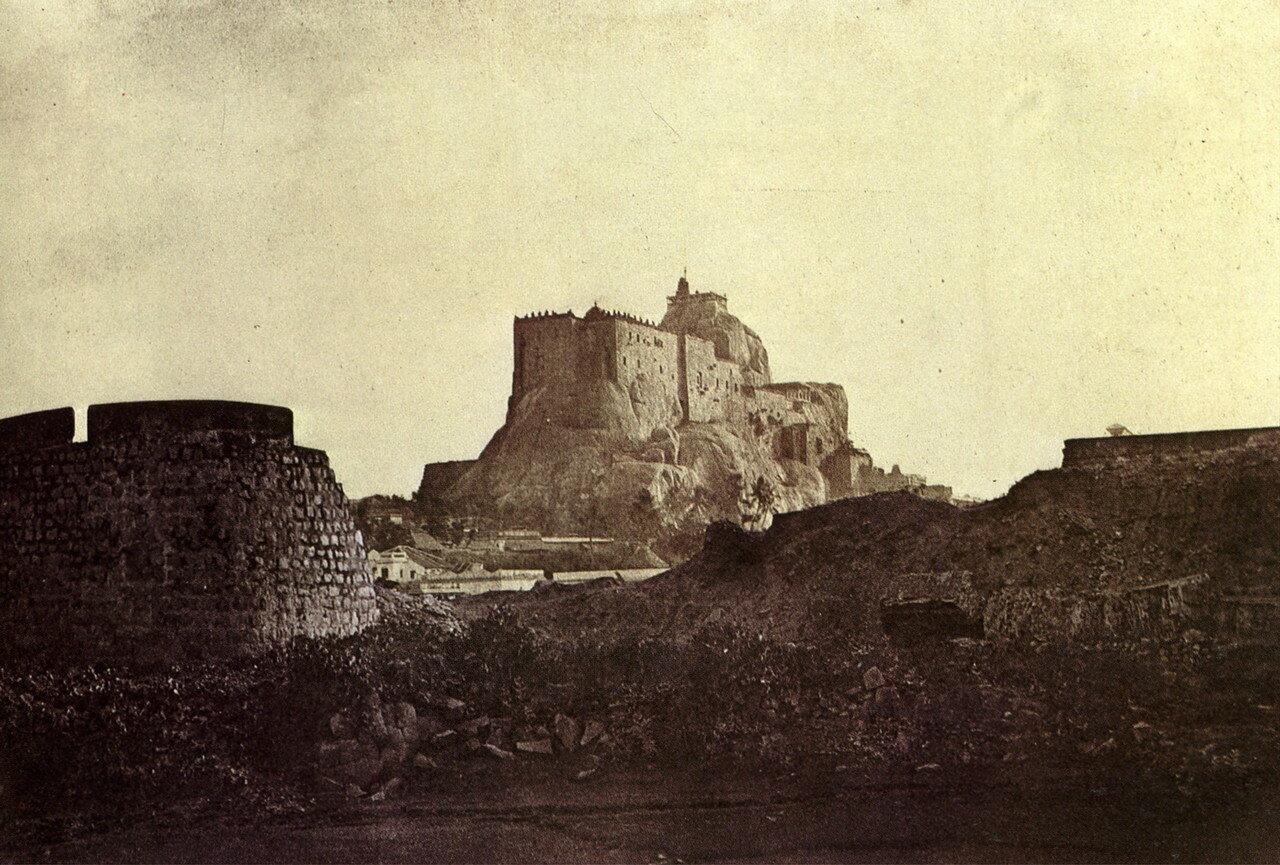 1850-1858.  Форт в Южной Индии