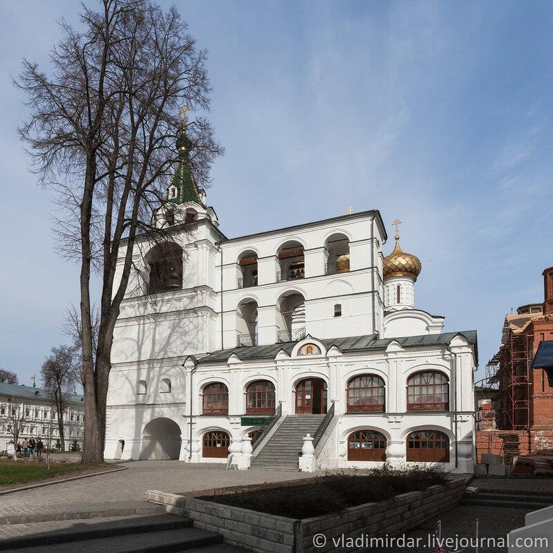 Звонница (XVII-XIX вв.). Ипатьевский монастырь. Кострома.