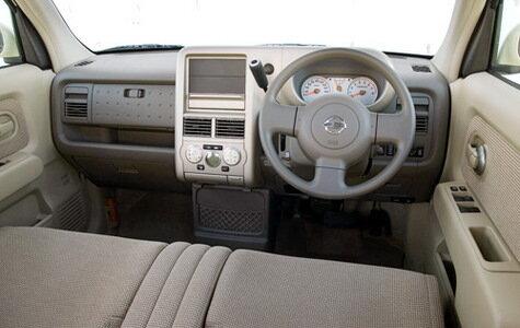 2008 Nissan Cube против 2008 Scion xB