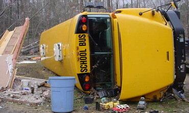 В США разбился школьный автобус, погибла девочка