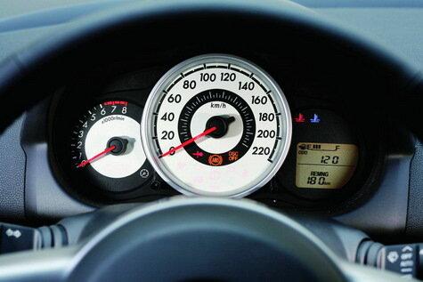 Обзор нового поколения Mazda2