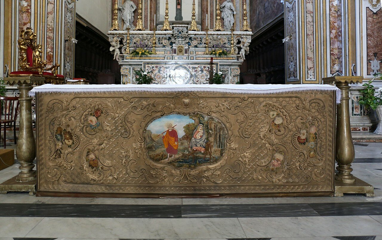 Неаполь. Церковь Сан-Диего-алль-Оспедалетто (Chiesa di San Diego all'Ospedaletto)