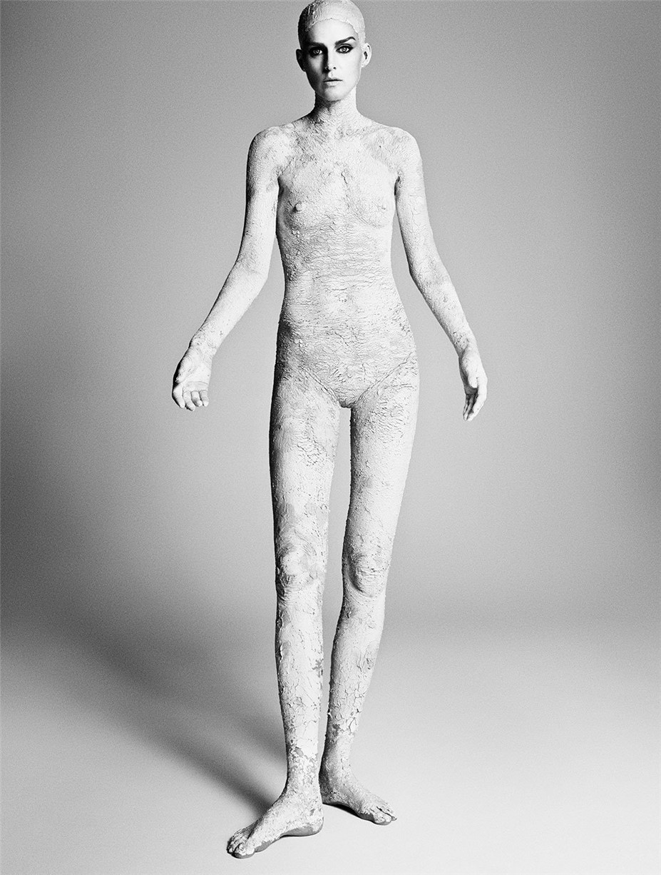 Стелла Теннант / Stella Tennant by Luigi + Iango for Exhibition Magazine No.5