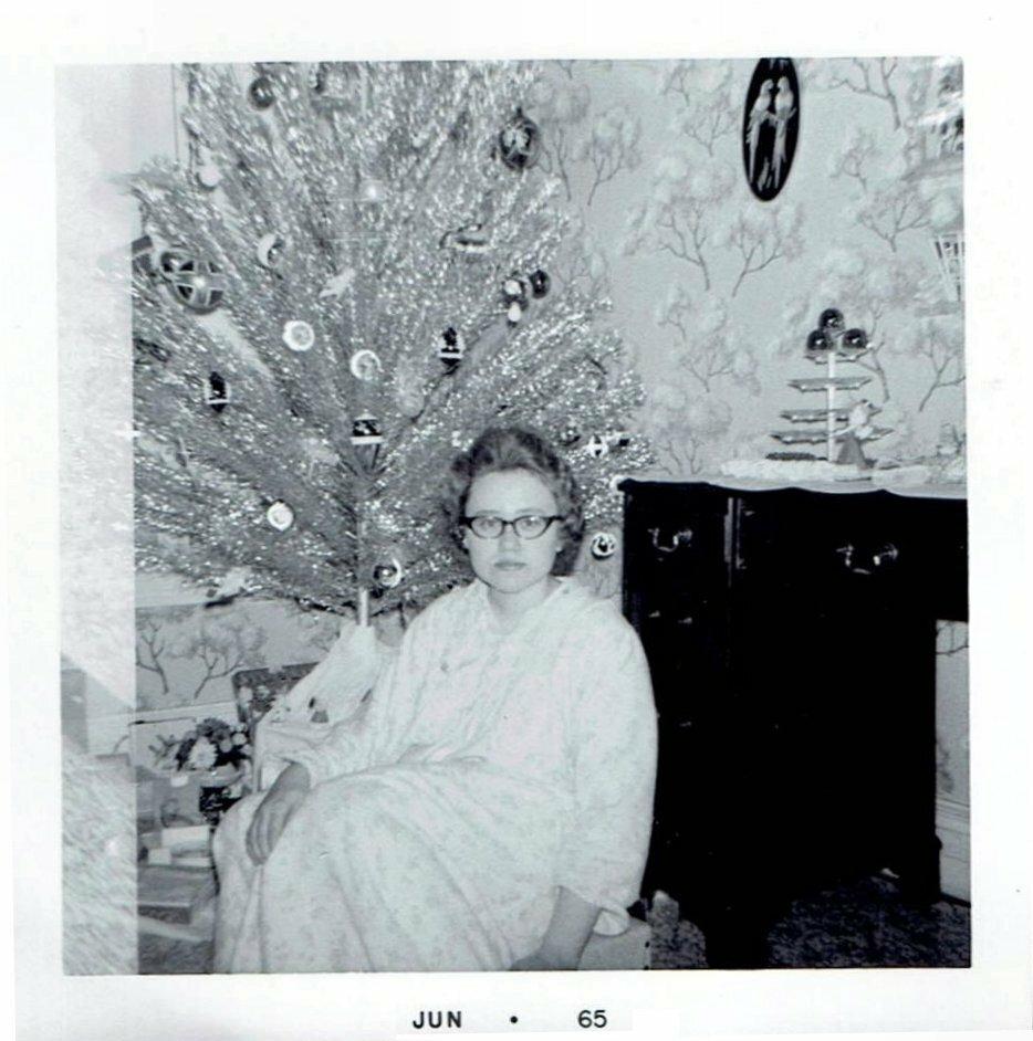 Christmas 1964.jpg