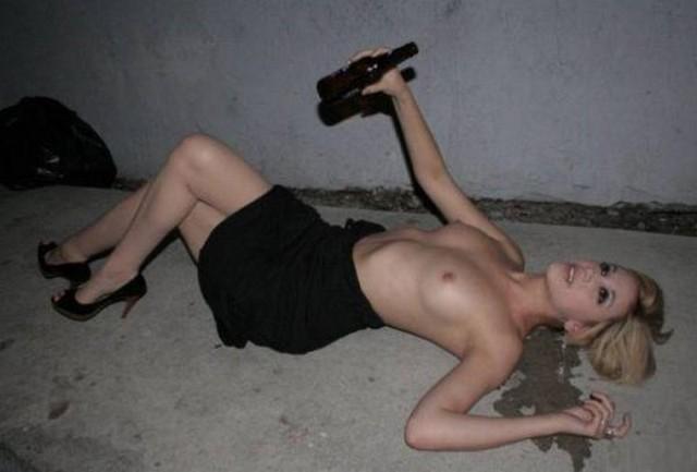 Эротика пьяная шлюха