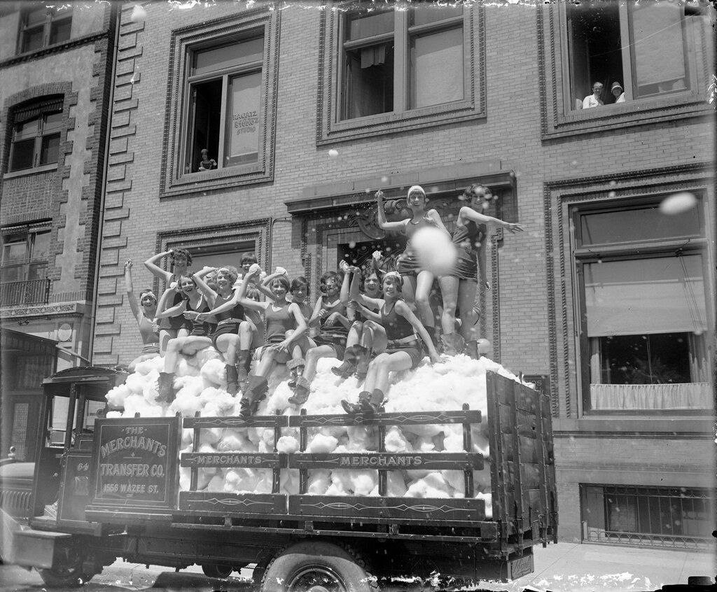 Truck load of snow with bathing beauties -  promotion for the Merchants Transfer Company, in Denver, Colorado, between 1920 and 1940