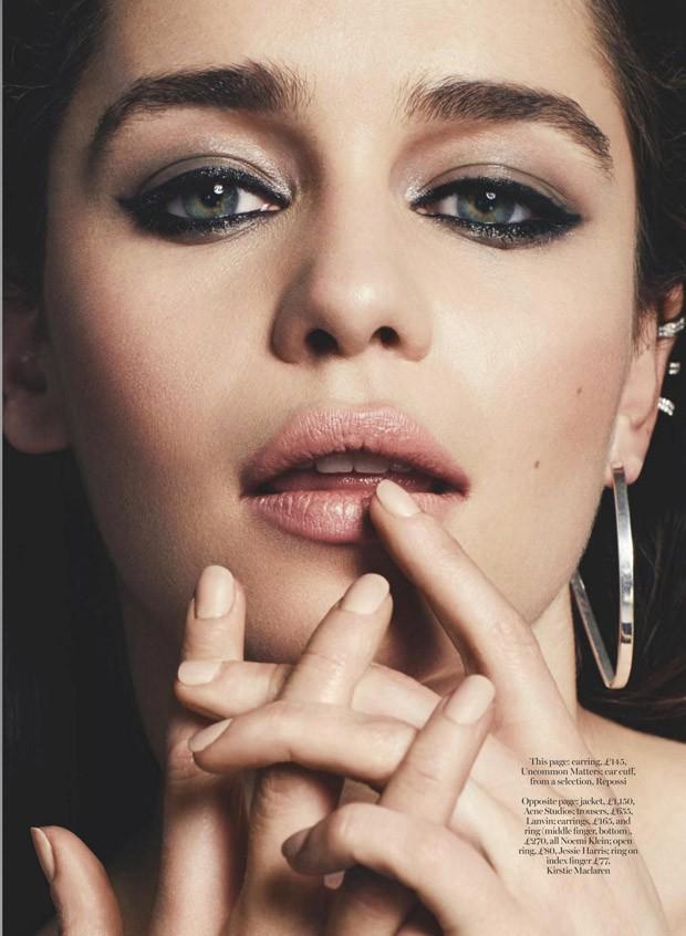 Emiliya-Klark-Emilia-Clarke-v-zhurnale-British-Marie-Claire-7-foto