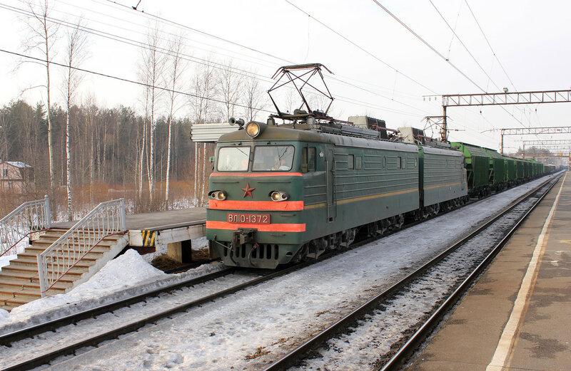 ВЛ10-1372 на станции Горы