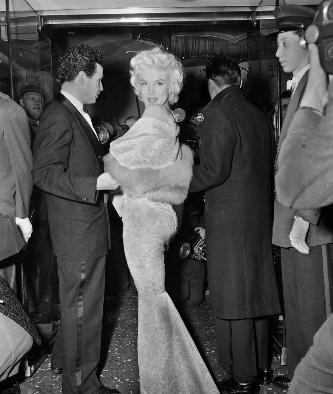 Marilyn Monroe Glancing Over Shoulder