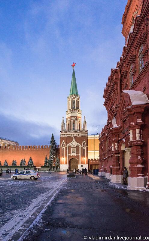 Никольская башня. Предновогодняя Москва 2015. Красная площадь.