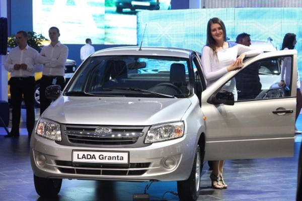 «АвтоВАЗ» выпустит новые модификации Лада  Kalina, Granta иLargus