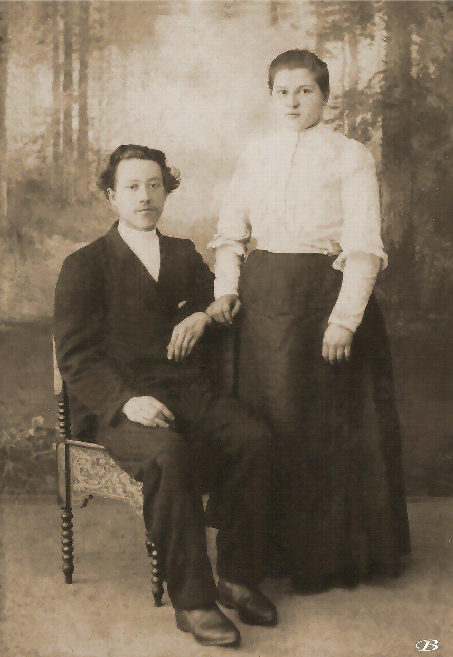 Начетчик Дмитрий Ермолаевич Рябов с женой