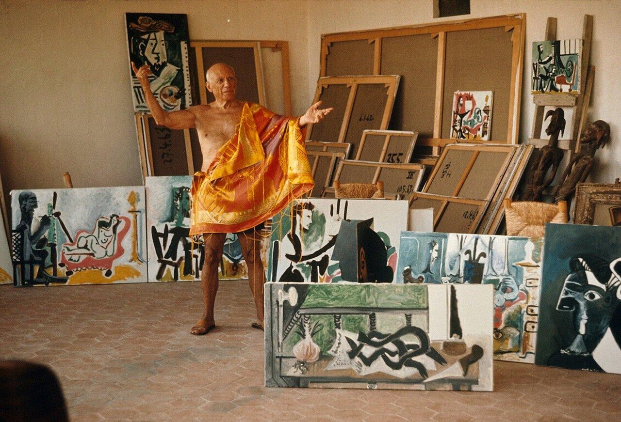 1963. Пикассо в  мастерской