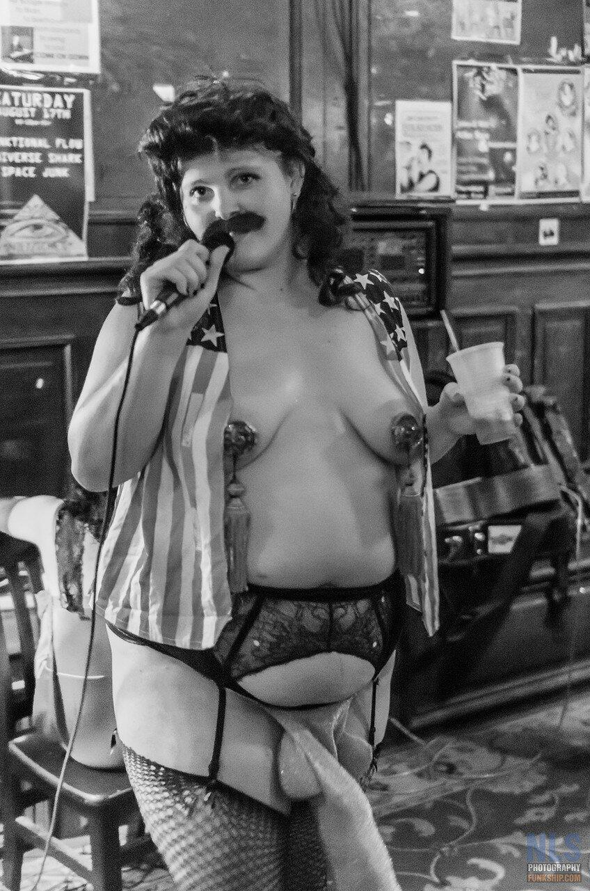 The Stripteasers w Blyre Cpanx (45).jpg