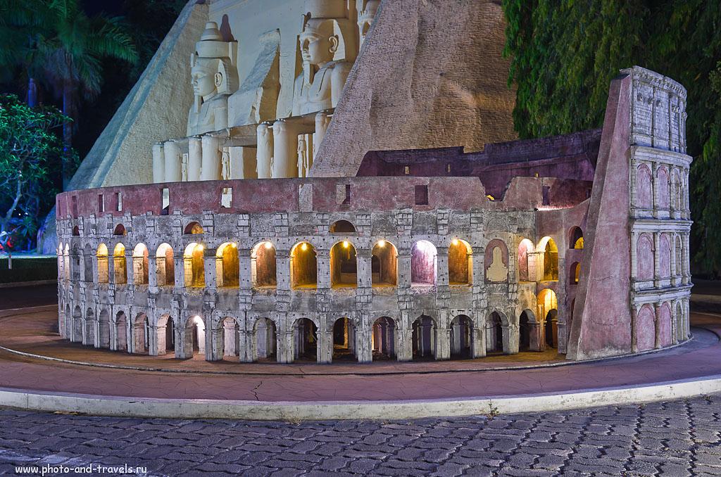 """24. Колизей из Италии и Abu Simbel (أبو سمبل) из Египта. Все знаменитые здания мира можно увидеть в одном месте в парке """"Мини Сиам"""" в Паттайе. Отзыв о посещении достопримечательностей Таиланда."""