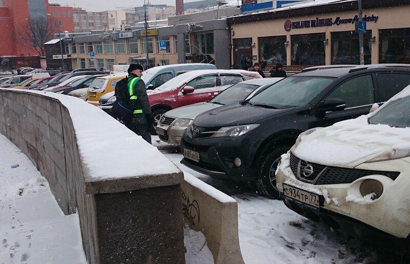 Как работают автоматизированные парктроны на улицах Москвы