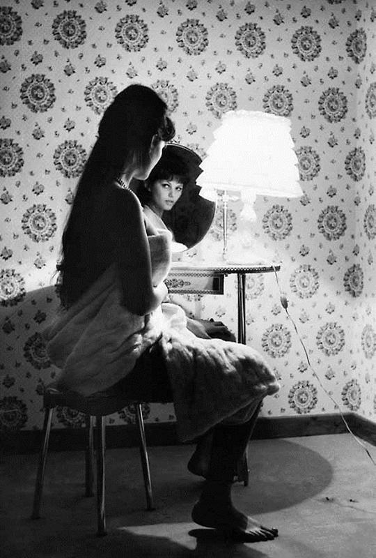 Claudia Cardinale photos by Mario De Biasi, Rome, 1959.jpg