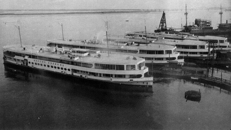 01 Сормово. Пассажирские суда для канала Москва-Волга. 1937.jpg