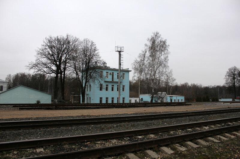 Здание ДСП на станции Белокаменная