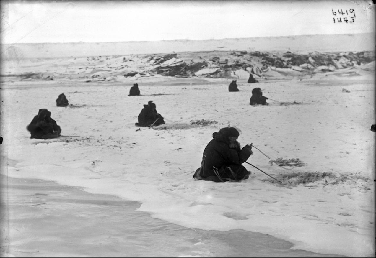 Подледная рыбалка, 1900