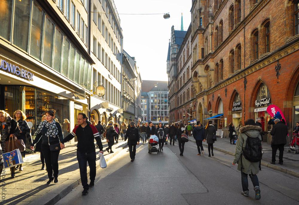 Munich-Dec33.jpg