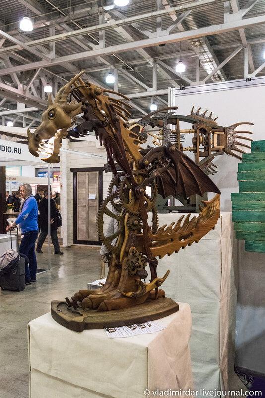 Механический деревянный дракон