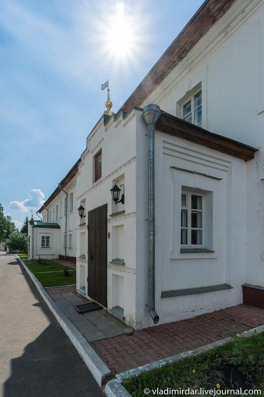 Архирейские палаты. Свято-Екатерининский мужской монастырь.