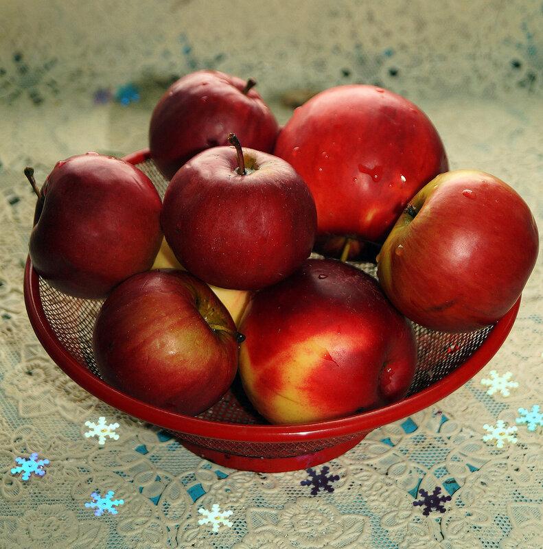 Румяные яблочки