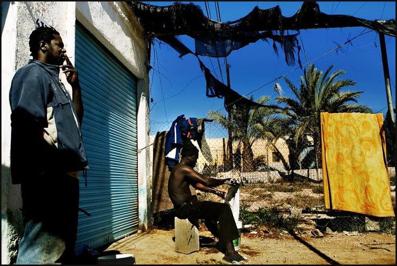 5. Согласно местной неправительственной организации SOC из Альмерии в Эль Эхидо ужасно низкий уровен