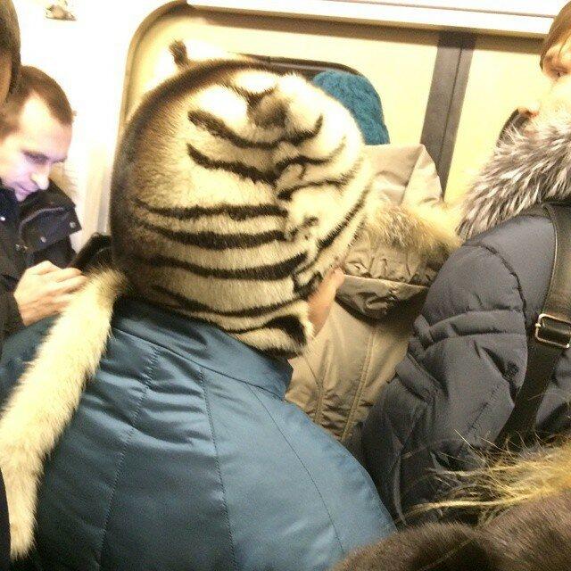 самые-странные-люди-в-метро.jpg