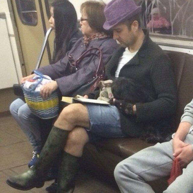 самые-странные-люди-в-метро20.jpg