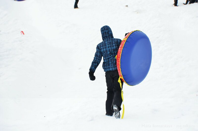 Соревнования по скоростному катанию на сноутьюбах, Саратов, Корольков сад, 01 февраля 2015 года