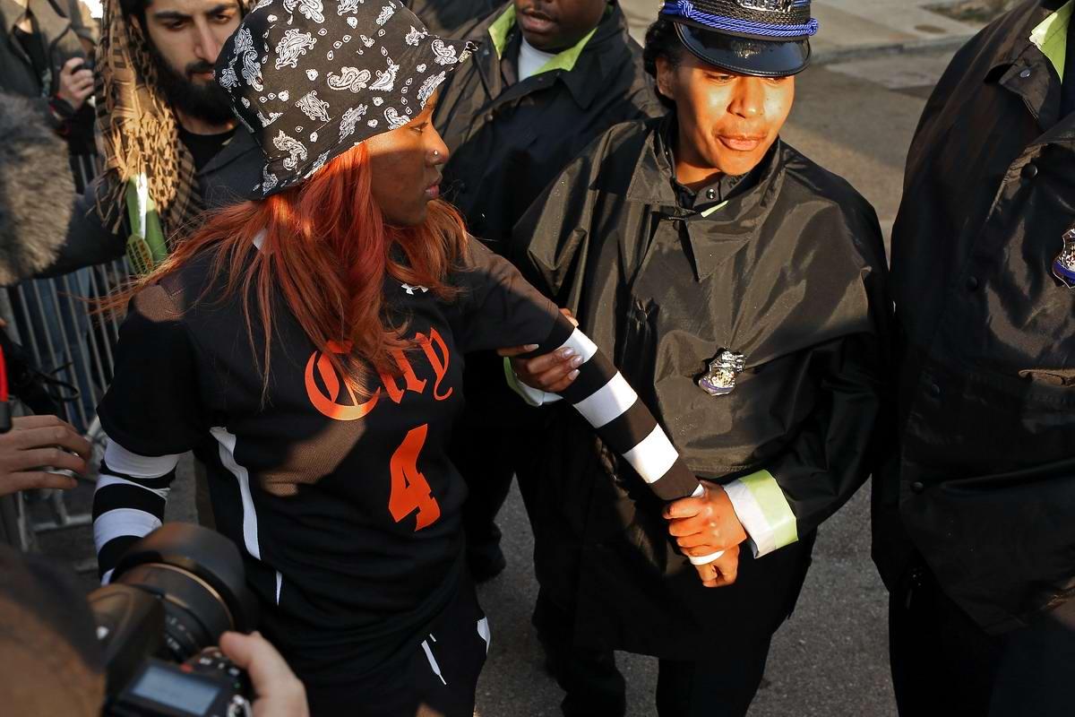 Конец полицейскому государству: Массовые протесты и уличные погромы в Балтиморе (США) (62)