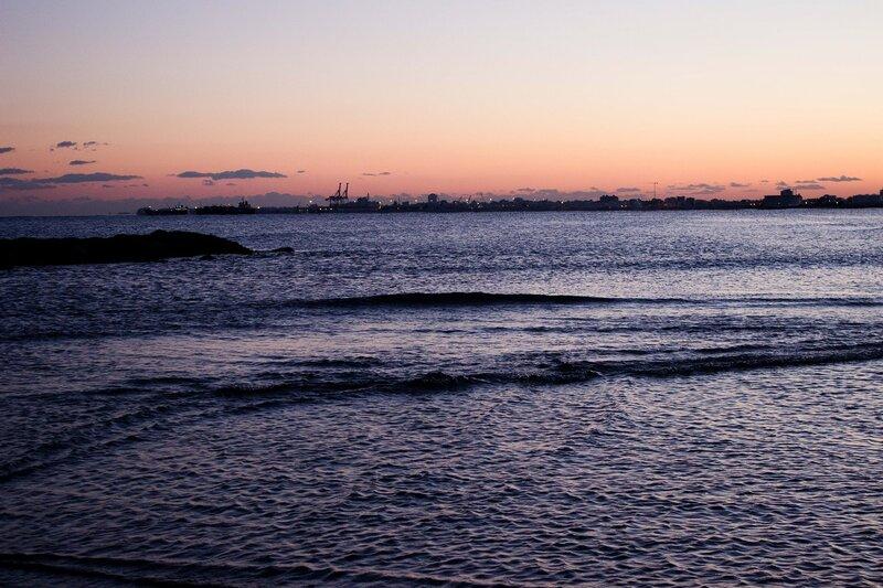 вечер на море с видом на Ларнаку