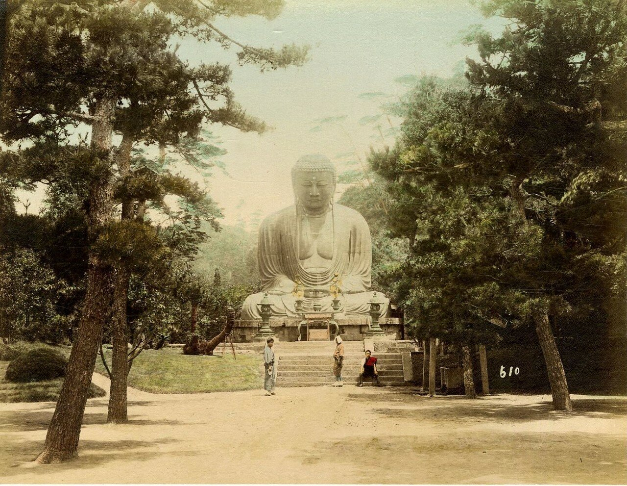 Камакура. Статуя будды Амида в Котоку-ин