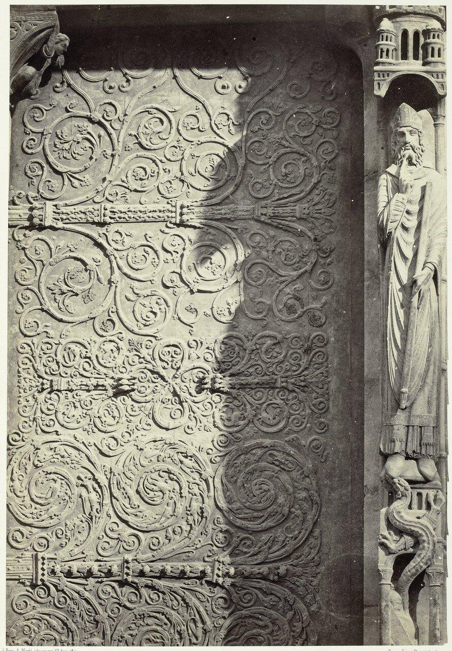 12. Скульптура портала Св. Анны