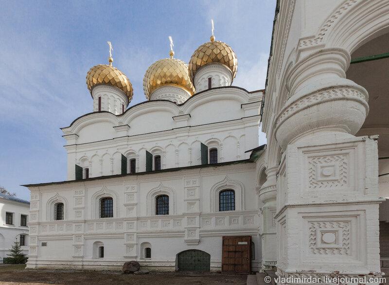 Собор Троицы Живоначальной. Ипатьевский монастырь. Кострома.