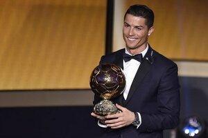 Криштиану Роналду в третий раз получил «Золотой мяч»