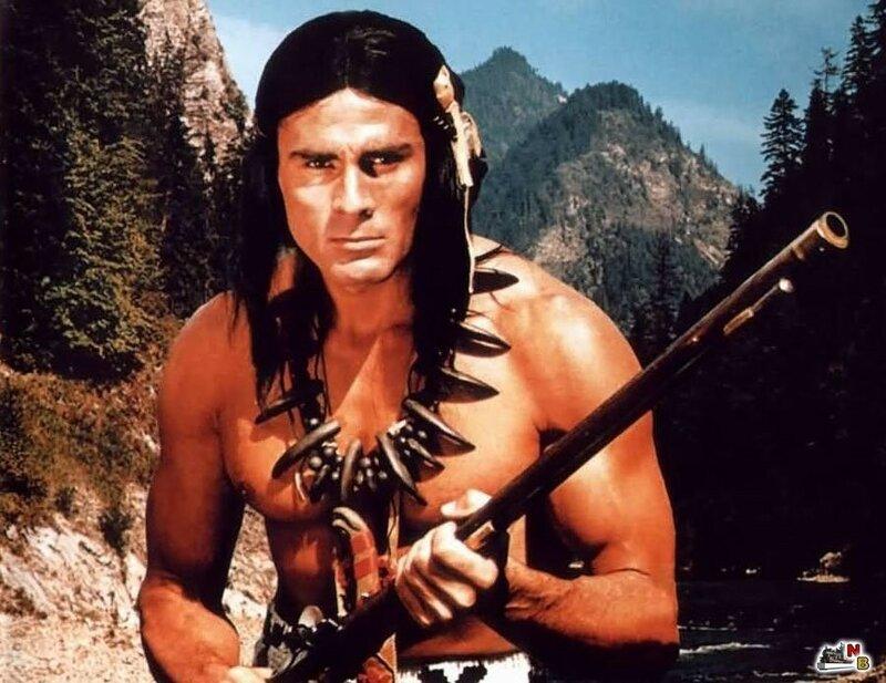 В 1965 году Гойко Митич исполнил главную роль Токей-Инто в фильме чешского режиссера Йожефа Маха Сыновья Большой Медведицы (ГДР, Югославия). Эта картина стала самым кассовым фильмом ГДР.jpeg