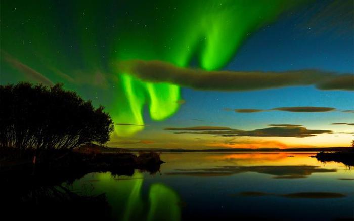 Красивые фотографии полярного сияния 0 10d655 e5eb7245 orig