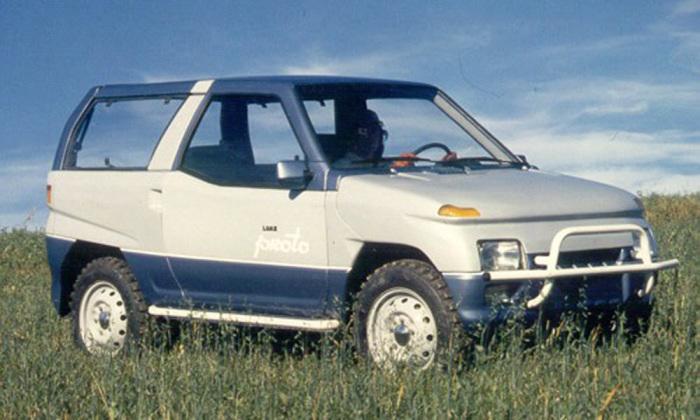 Это было сделано еще в СССР. Эта машина имела все шансы оказаться в серийном производстве. Выпущена