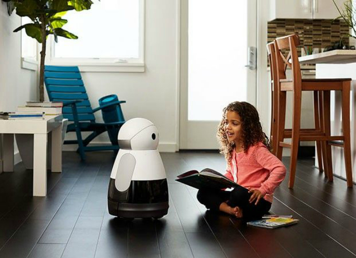 Робот-помощник Kuri. Очаровательный робот-помощник, оснащенный множеством датчиков, парой громкогово