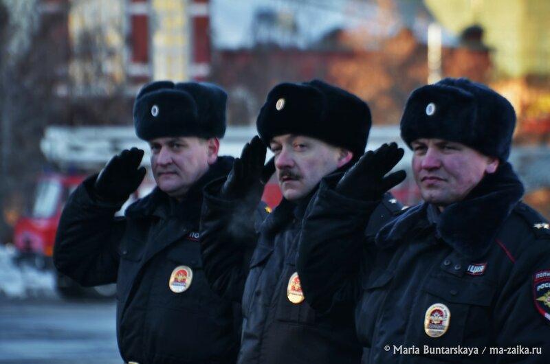 Общегородской строевой смотр и развод патрульно-постовых нарядов полиции, Саратов, Театральная площадь, 22 января 2015 года