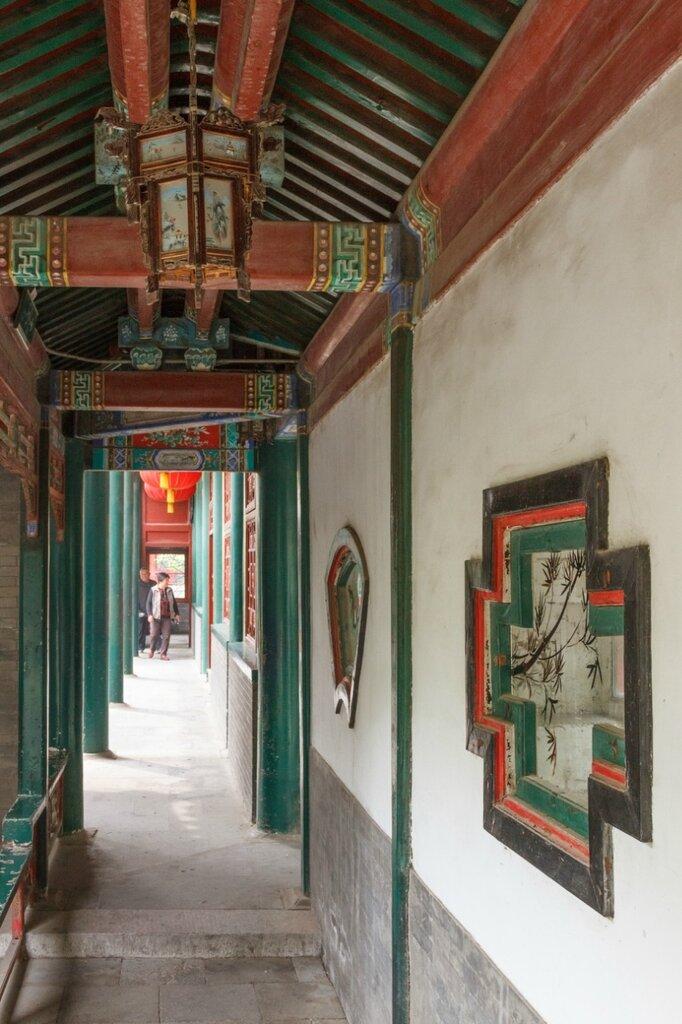 Галерея, дворец князя Гуна, Пекин
