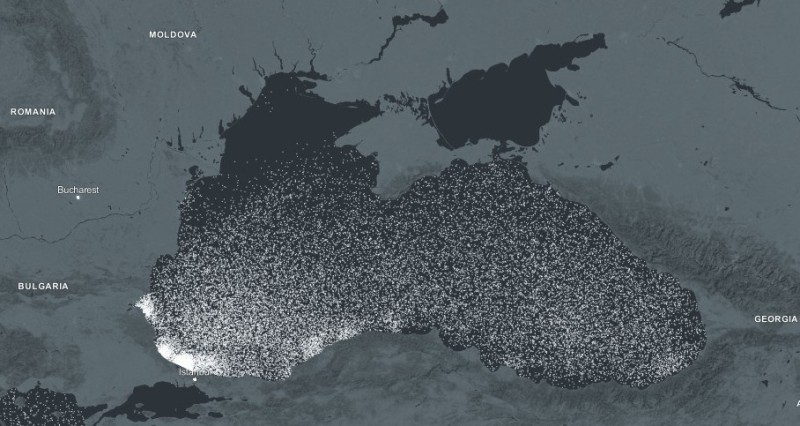 Пластиковый мусор в Чёрном море.
