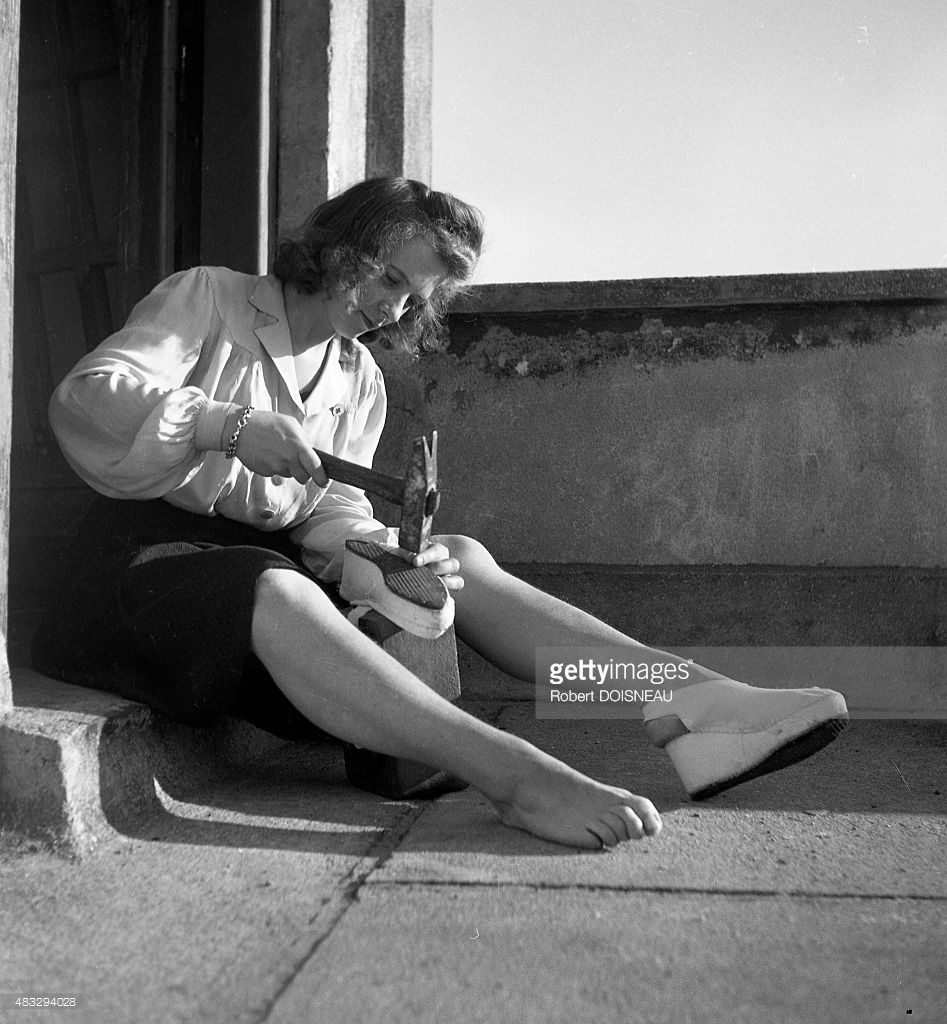 1940. Починка обуви во время оккупации