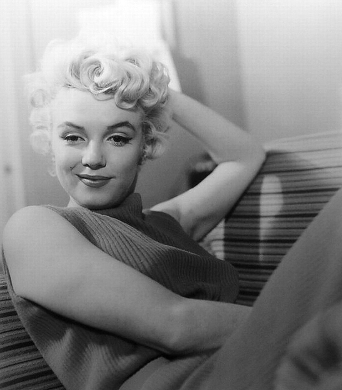 case study marilyn monroe This case study marilyn monroe case study and other 64,000+ term papers, college essay examples and free essays are available now on reviewessayscom autor: review • december 18, 2010 • case study • 1,663 words (7 pages) • 1,592 views.
