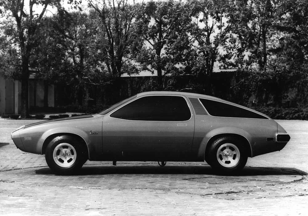 This model has a Camaro emblem on the front fender. The corporation must have been considering reducing the F-car to the H-car (Monza) platform.jpg