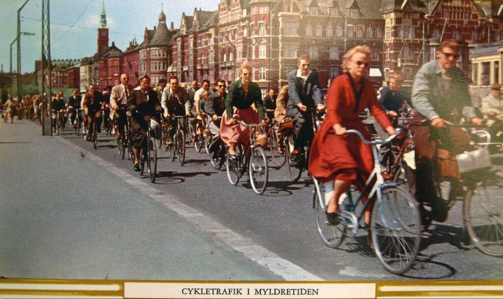 1950s Kopenhagen Radhuspladsen2.jpg